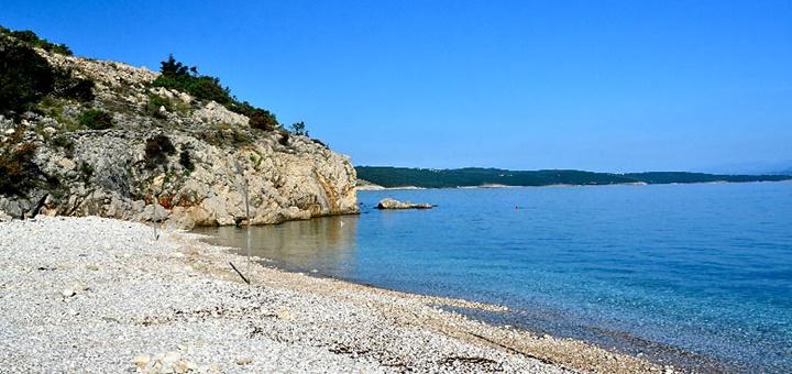 Okruhliaková pláž Potovošće, Krk